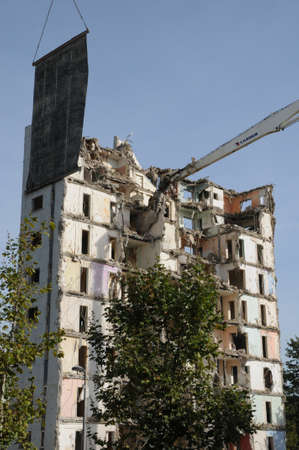 sordid: France, demolition of an old tower in Les mureaux