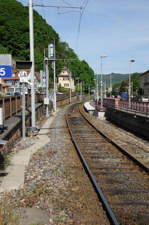 haut rhin: Francia, el pueblo de Thann en Haut Rhin