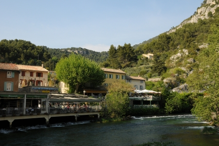 fontaine: France, the village of Fontaine de Vaucluse in Provence Editorial