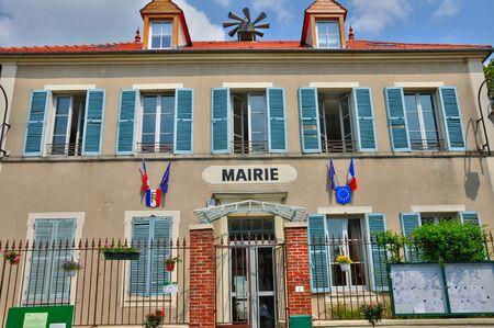 re: Ile de France, the village of Fontenay-Saint-P�re