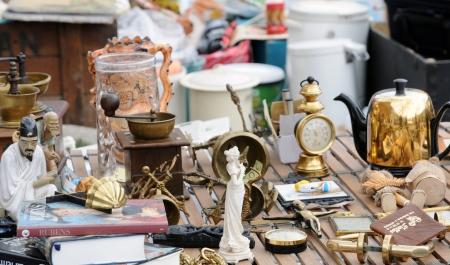 antiquary: B�lgica, objetos antiguos en Marolles mercadillo del distrito de Bruselas
