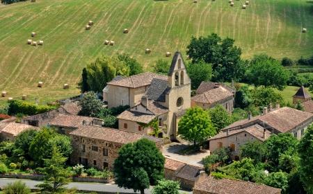 Frankrijk, het pittoreske dorpje Biron in de Dordogne