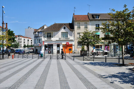 les: France, the picturesque city of les Mureaux in Les Yvelines   Editorial
