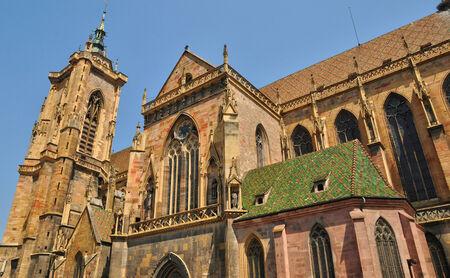 haut rhin: Francia, la colegiata de San Mart�n de Colmar en Haut Rhin Foto de archivo