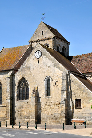 Ile de France, the church of Seraincourt in Val d Oise Stock Photo - 28280617