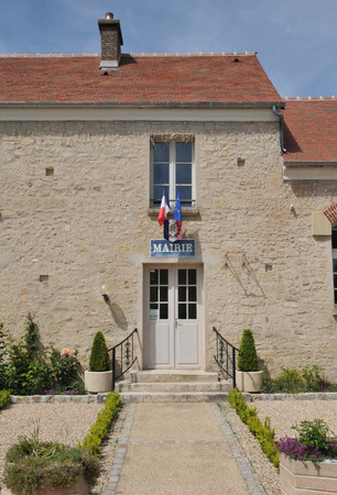 Ile de France, the city hall of Guiry en Vexin in Val d Oise Stock Photo - 28280701