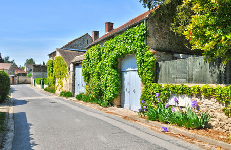 Ile de France, the picturesque village of Fremainville in Val d Oise Stock Photo - 28280922