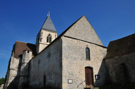 Ile de France, the church of Cherence in Val d'Oise Stock Photo - 28373569