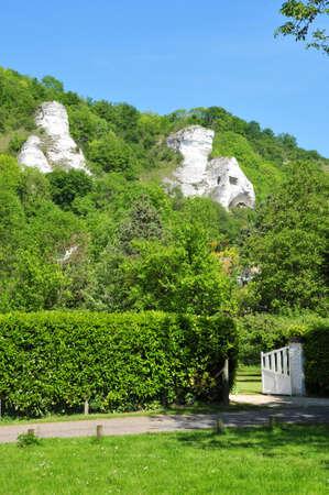 Ile de France, the village of Haute Isle in Val d Oise Stock Photo - 28373955