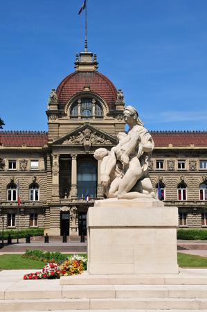 bas: France, the Palais du Rhin in Strasbourg in Bas Rhin