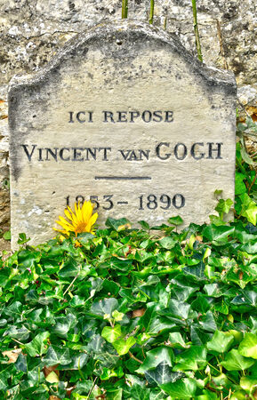 van gogh: Ile de France, the Vincent Van Gogh tomb in Auvers sur Oise Editorial