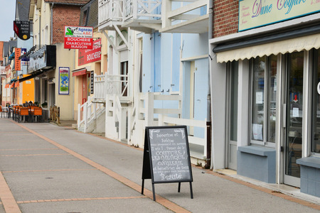 plage: France, the picturesque city of Fort Mahon Plage