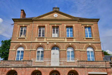 municipality: Oise, the picturesque city hall of Talmontiers