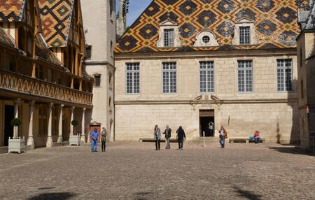 bourgogne: France, the old and hospices of Beaune