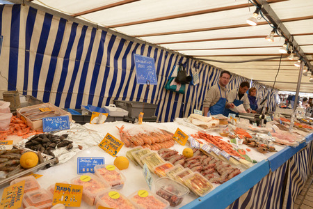 fish shop: Ile de France, fish shop on the market of Saint Germain en Laye Editorial
