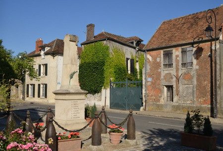 le: Ile de France, the war memorial of Les Alluets le Roi