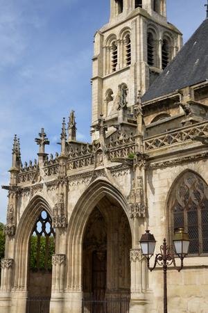 ile de france: Ile de France, the picturesque collegiate church of Poissy