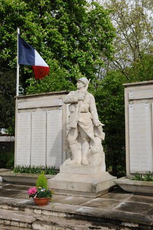 ile de france: Ile de France, the war memorial of Les Mureaux