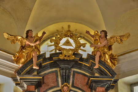 altarpiece: Slovenia, the picturesque chapel of Bled island