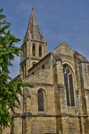 le: Ile de France, the picturesque church of Jouy le Moutier