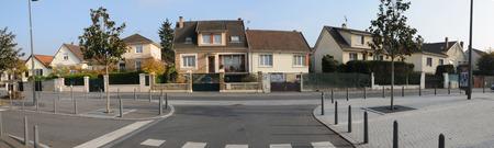 ile de france: Ile de France, the city of les mureaux