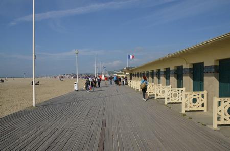 Frankrijk, de pittoreske Planches van Deauville in Normandië Redactioneel