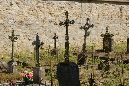 ile de france: Ile de France, the picturesque cemetery of Guiry en Vexin,