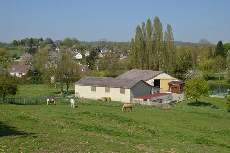 ile de france: Ile de France, the picturesque village of Seraincourt