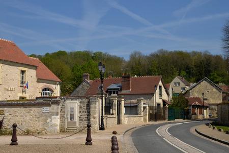 ile de france: Ile de France, the picturesque village of Guiry en Vexin,