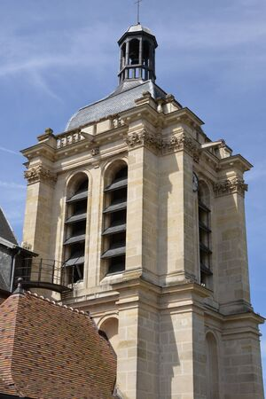 pontoise: Ile de France, the picturesque Notre Dame curch in the city of Pontoise Stock Photo