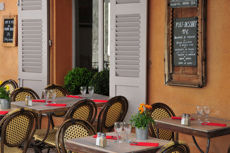 tropez: Saint Tropez; France - bar restaurant