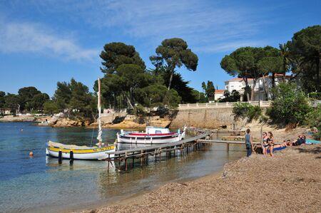 maritimes: Antibes, France - april 15 2016 : the seaside of Juan les Pins
