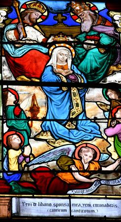 saint martin: Triel sur Seine, France - june 12 2016 : the picturesque Saint Martin church