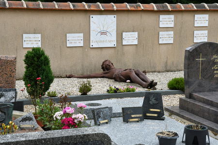 pierre: Esteville, France - june 23 2016 :the Abbe Pierre tomb Editorial