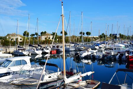re: Saint Martin de Re, France - september 26 2016 : boats in the picturesque port Editorial