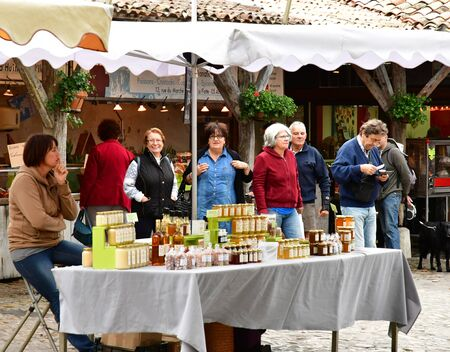 're: La Flotte, France - september 27 2016 : the picturesque market