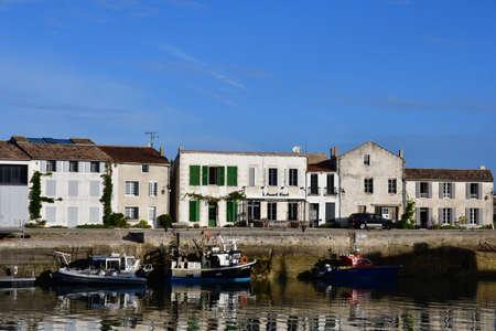 saint martin: Saint Martin de Re, France - september 26 2016 : boats in the picturesque port Editorial