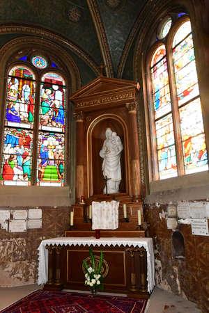 saint martin: Triel sur Seine, France - december 28 2016 : the historical Saint Martin church