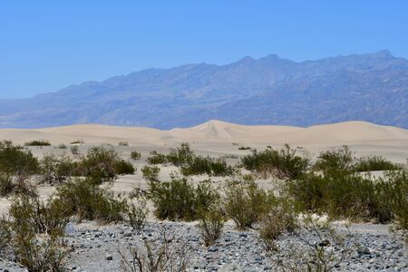 VS - 11 juli 2016: zandduin in het Death Valley National Park