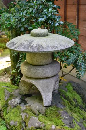 Kanazawa, Japan - august 3 2017 : the Nagamachi samourai house district Banque d'images - 105962105