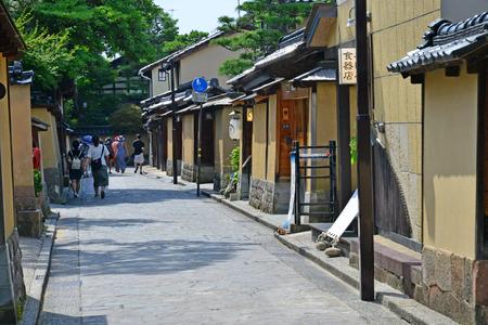 Kanazawa, Japan - august 3 2017 : the Nagamachi samourai house district Banque d'images - 108846587