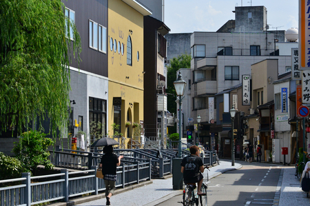 Kanazawa, Japan - august 1 2017 : the city near the Nagamachi samourai district Banque d'images - 108887446