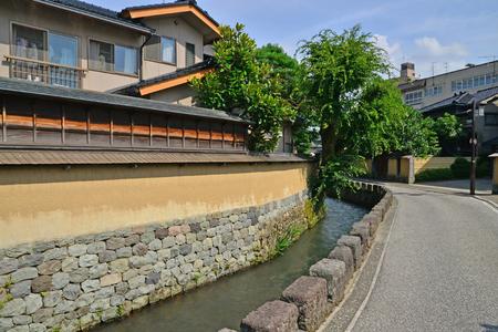 Kanazawa, Japan - august 3 2017 : the Nagamachi samourai house district Banque d'images - 109122615