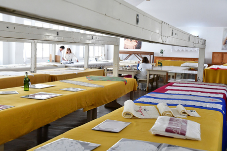 Funchal, Portugal - february 22 2018 : the Patricio and Gouveia hand embroidery factory Banque d'images - 119732315