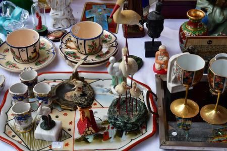 Versailles; France - june 10 2018 : the flea market Archivio Fotografico - 120980005