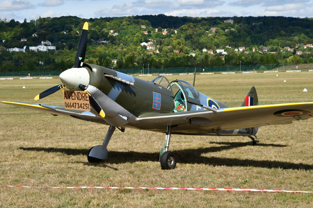 Verneuil sur Seine; France - september 8 2018 : a Spitfire in the air show Editorial
