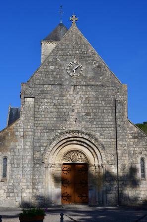Etretat, France - may 10 2017 : the Notre Dame church Фото со стока