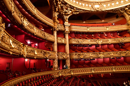 Paris; France - august 4 2018 : the Opera de Paris Stock fotó