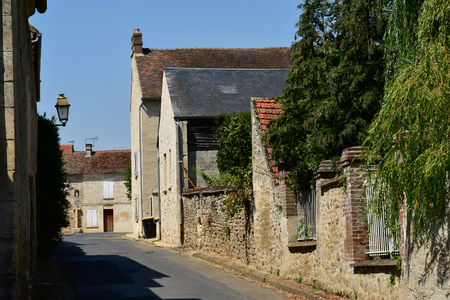 Wy dit joli village; France - august 3 2018 : the the pictureque village in summer 스톡 콘텐츠