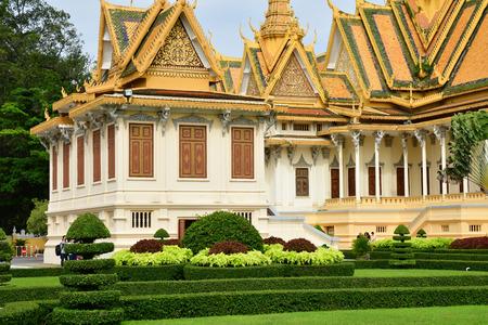Phnom Penh; Kingdom of Cambodia - august 20 2018 : the Royal Palace 新聞圖片